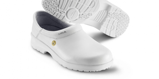 best nursing clogs