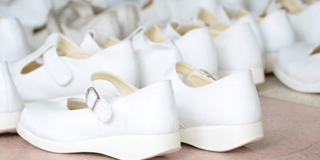 best nursing shoes for women