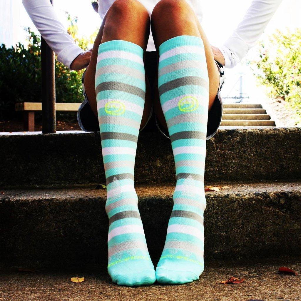 Why Every Nurse Should Wear Compression Socks – Crazy Compression
