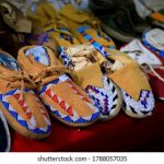 5 Cheaper Crocs Alternatives