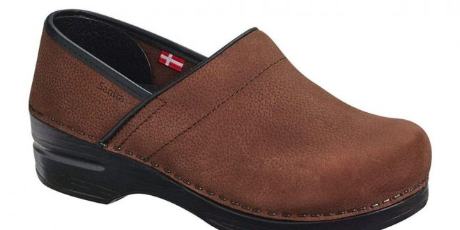 11 Best Shoes for Nurses & Standing All Day 2021, Say Podiatrists