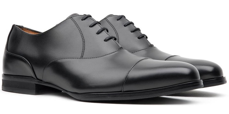 Best Work Shoes For Men: Top 10 Footwear Options To Wear On The Job