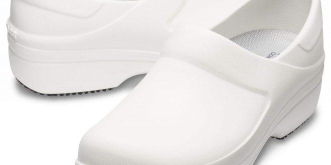 Women's Neria Pro II Clog - Crocs
