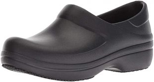 Amazon.com | Crocs Women's Neria Pro Ii Clog | Slip-Resistant Work and  Nursing Shoe | Mules & Clogs