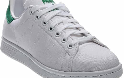 Amazon.com   adidas Originals Women's Stan Smith Sneakers S75560, 8    Fashion Sneakers