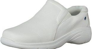 15 Best Shoes for CNAs - Nurse Money Talk